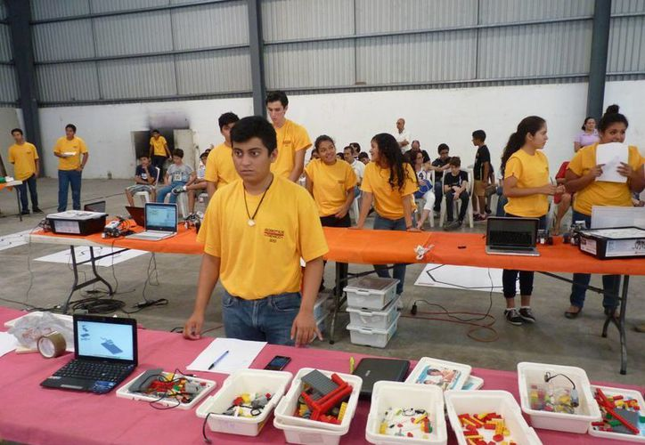 Participaron 13 colegios y 60 estudiantes. (Victoria González/SIPSE)