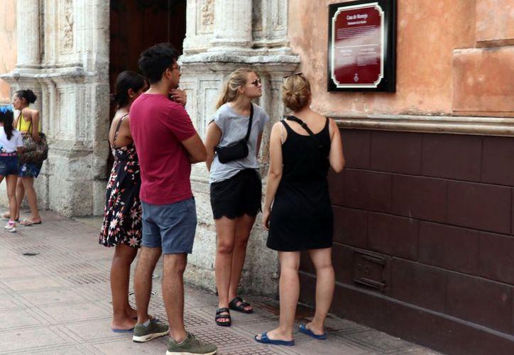 Las agencias ilegales defraudan a los turistas. (Daniel Sandoval/Milenio Novedades)