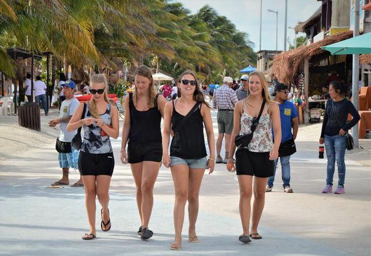 Más de 162 mil 673 pasajeros de origen alemán visitaron el Caribe Mexicano en el 2017. (Foto: Contexto/SIPSE)