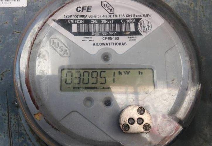 Se detecta más fácil alguna alteración en los medidores nuevos. (Redacción/SIPSE)