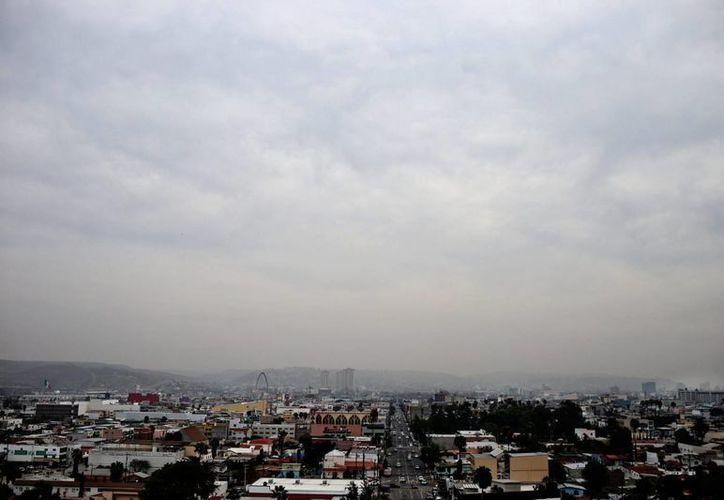 El Meteorológico Nacional anunció que el frente frío número 52 se extenderá en Chihuahua y estados vecinos. (Notimex)