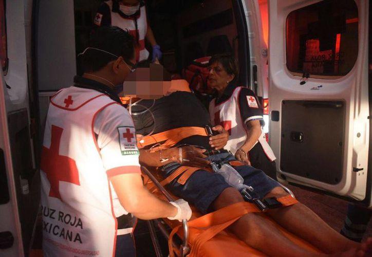 El hombre fue trasladado al Hospital General. (Redacción/SIPSE)