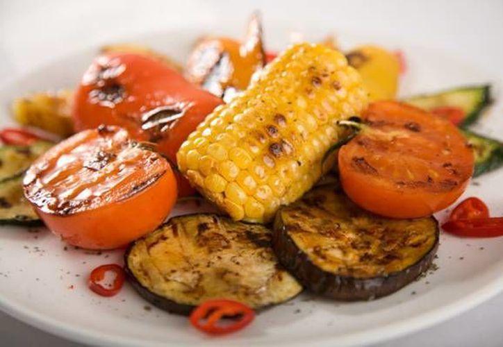 A diferencia del vegetarianismo donde se pueden consumir derivados de animales, el vegano no. (Foto de Contexto/Internet)