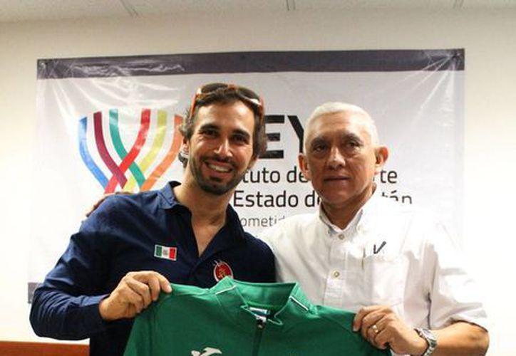 David Mier y Terán se reunió con las autoridades deportivas de Yucatán, para platicar sobre su participación en Río 2016.(Milenio Novedades)
