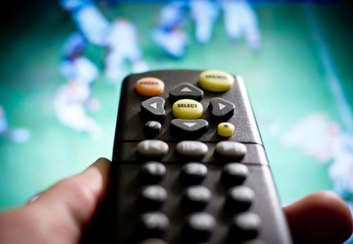 Seis de cada 10 mexicanos cuentan con sistema de cable o satelital, de acuerdo con cifras del IFT. (Excélsior)