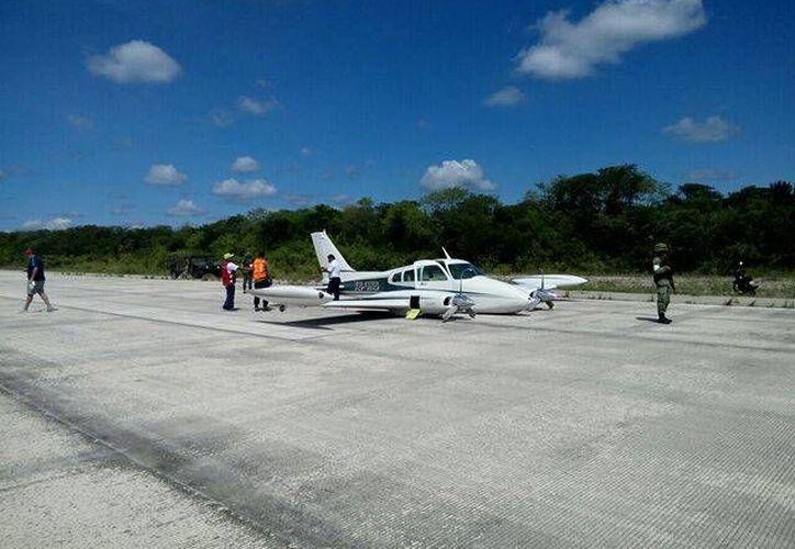 Una aeronave ligera que transporta turistas de Cozumel, Quintana Roo, a Chichén Itzá, Yucatán, tuvo problemas para aterrizar. No hubo lesionados. (Milenio Novedades)