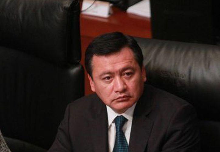 Osorio Chong mantuvo este jueves una reunión privada con la Comisión Bicameral de Seguridad Nacional, en la cual se abordó el tema de la fuga de 'El Chapo' Guzmán. (Notimex)