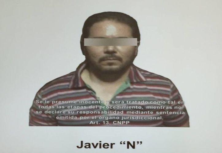 Javier Carrasco Coronel, El Seis, era buscado como probable responsable de delincuencia organizada con la finalidad de cometer delitos contra la salud (tráfico de drogas) y secuestro. (twitter.com/notinfomex)