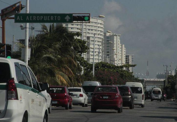 Cambian constantemente la densidad de la ciudad y la zona hotelera. (Israel Leal/SIPSE)