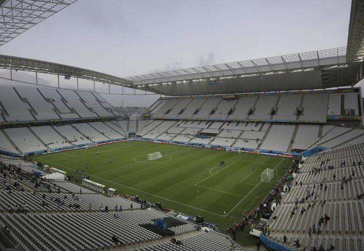 El estadio Itaquerao de Sao Paulo, sede del partido inaugural del XX Mundial entre Brasil y Croacia tiene capacidad hasta para 61,600 espectadores. (Foto: AP)