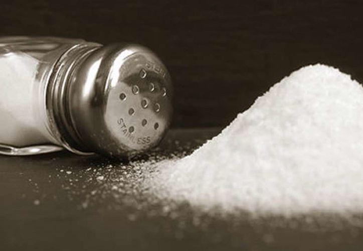 Una alta ingesta de sal se ha asociado con la disfunción de estas células. (Contexto/Internet)