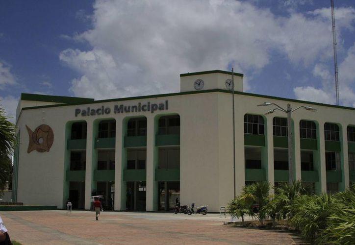 El municipio erogó 12 millones de pesos  para atender la contingencia inmediata ocasionadas por las lluvias de octubre del año pasado. (Ángel Castilla/SIPSE)