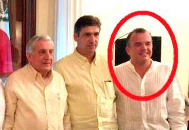 En círculo, el notario en Tabasco y Quintana Roo.