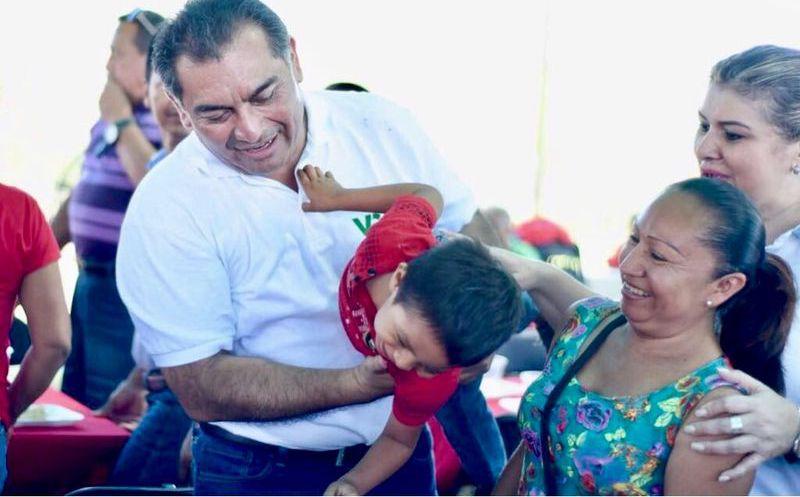 Caballero Durán asegura que una demanda primordial de los meridanos es proteger a las familias y proporcionarles los espacios adecuados para su desarrollo. (Milenio Novedades)