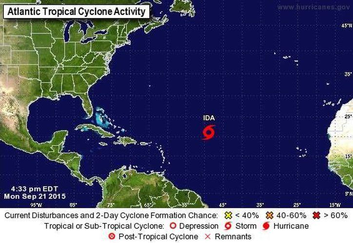Hasta el momento, 'Ida' no representa amenaza para tierra firme: se encuentra a mil 530 km de las Antillas Menores. (nhc.noaa.gov)