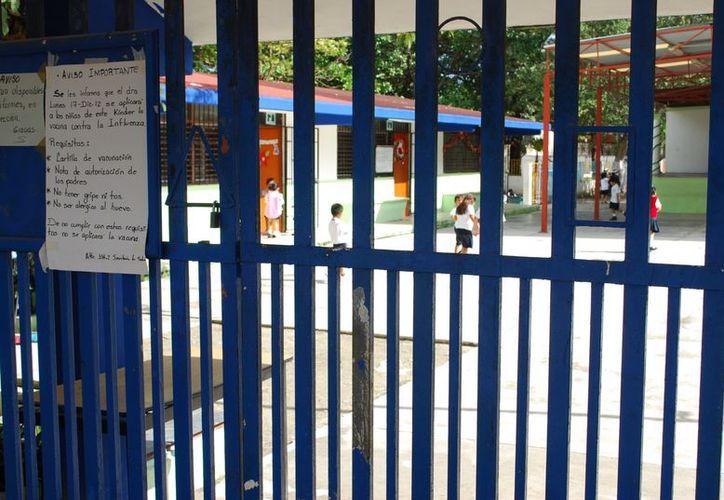 Se registró el ausentismo en preescolar, primaria y secundaria. (Tomás Álvarez/SIPSE)
