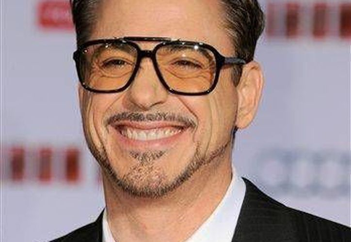 "El actor Robert Downey Jr. llega al estreno mundial de ""Iron Man 3"" en Los Angeles. (Agencias)"