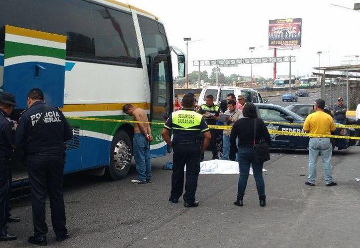 Cada vez son más frecuentes los casos donde los pasajeros asesinan a delincuentes del transporte público. (Imagen ilustrativa/ tomada de jornada.unam.com)