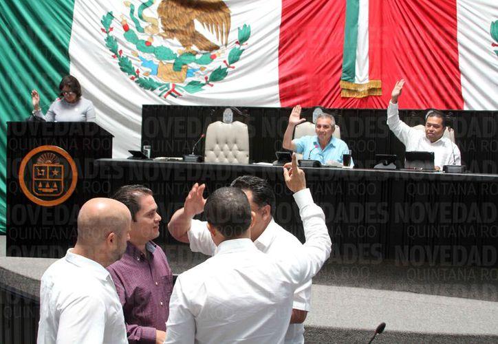 La XV Legislatura del Congreso Local aprobó eliminar el fuero a los diputados y al gobernador de Quintana Roo. (Joel Zamora/SIPSE)