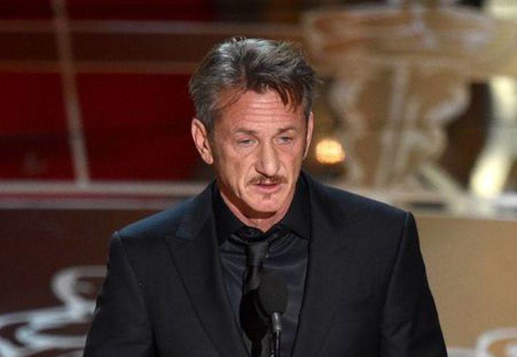 Sean Penn, durante su 'polémico' discurso en los Premios Oscar 2015. (AP/Archivo)