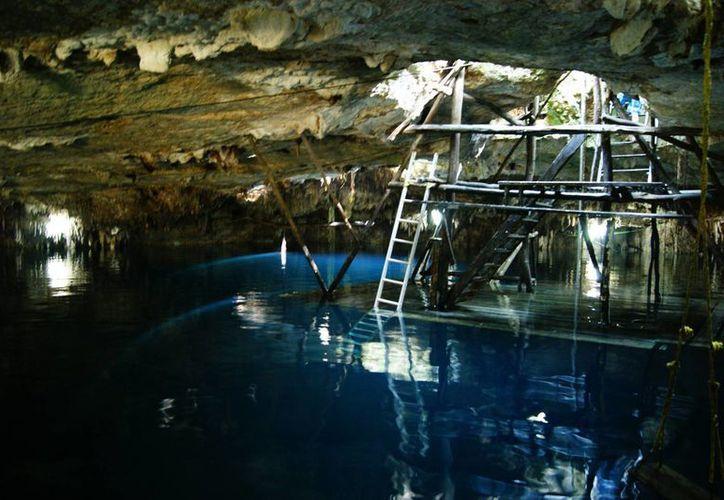 Cenote Kin Ha unos de los más visitados y cuidados de la Ruta de los Cenotes de Puerto Morelos. (Cortesía/SIPSE)