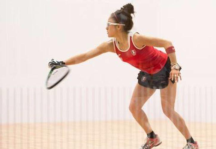 Paola Longoria, actual número uno del Tour Profesional de Racquetbol Femenil despachó en 28 minutos a la colombiana Crisitina Amaya, quien es la sexta del ranking en el tour. (Archivo/ Mexsport)