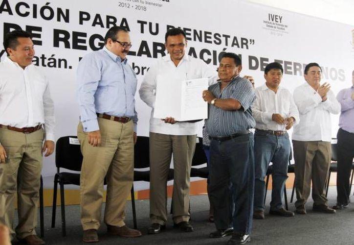 El gobernador Rolando Zapata presidirá este viernes por la mañana una ceremonia por el Día Internacional del Trabajo. (SIPSE)