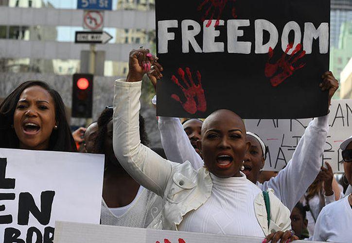 Más de 400 mil personas viven bajo una relación de esclavitud moderna en Estados Unidos. (AFP)