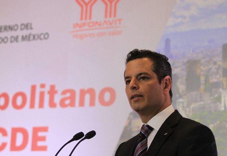 Imagen de Alejandro Murat Hinojosa, quien dejó la dirección del Infonavit para buscar la candidatura del PRI a la gubernatura de Oaxaca. (Archivo/Notimex)