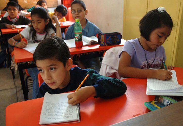 La SEP dio a conocer ayer los tres calendarios escolares que se aplicarán durante el próximo ciclo escolar. (Proceso)