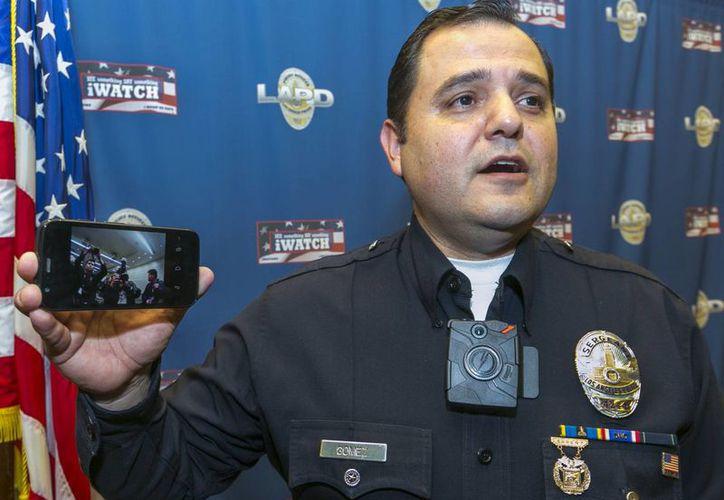 Las cámaras permitirán detectar casos de abuso de autoridad y aportar pruebas contra policías acusados. (AP)