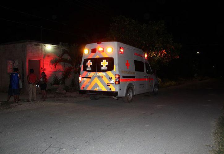 Al lugar llegaron elementos de la Policía Rural Estatal, y una ambulancia de la Cruz Roja de la Delegación de Javier Rojo Gómez para brindar los primeros auxilios. (Redacción/SIPSE)