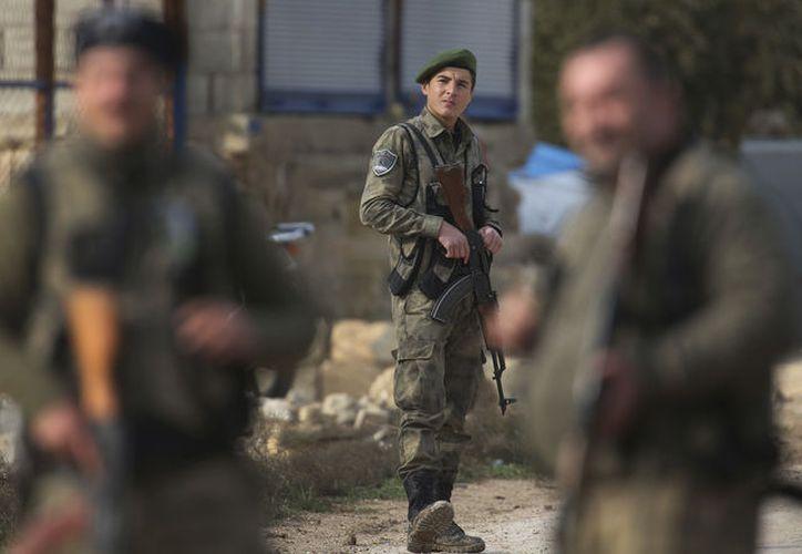 El enfrentamiento ocurre en plena escalada de la tensión entre Washington y Damasco. (AP)