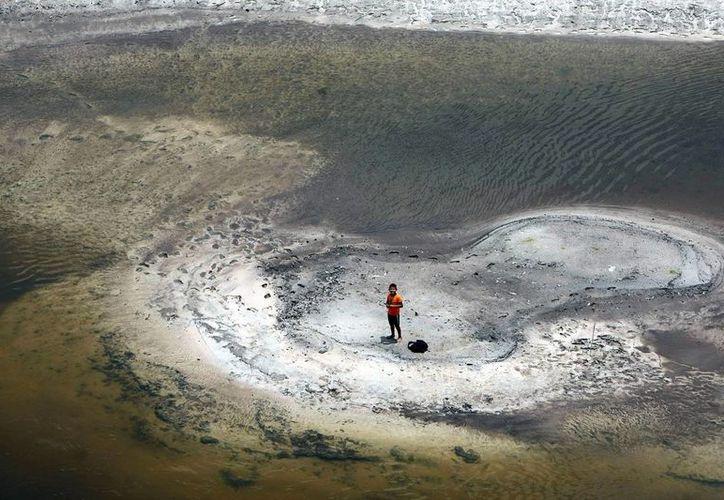 Recientes imágenes captadas por los satélites de la NASA hacen preguntarse a los científicos sobre las similitudes entre el fenómeno actual de El Niño y un episodio similar, que en 1997 y 1998 causó severas alteraciones en el clima. (Archivo/EFE)