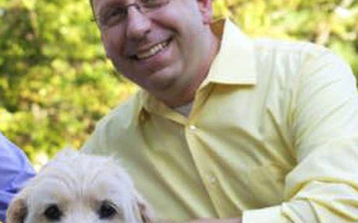 Michael Templeton, quien era director musical de iglesia, fue despedido por casarse con su compañero. (Erin X. Smithers a través de AP)