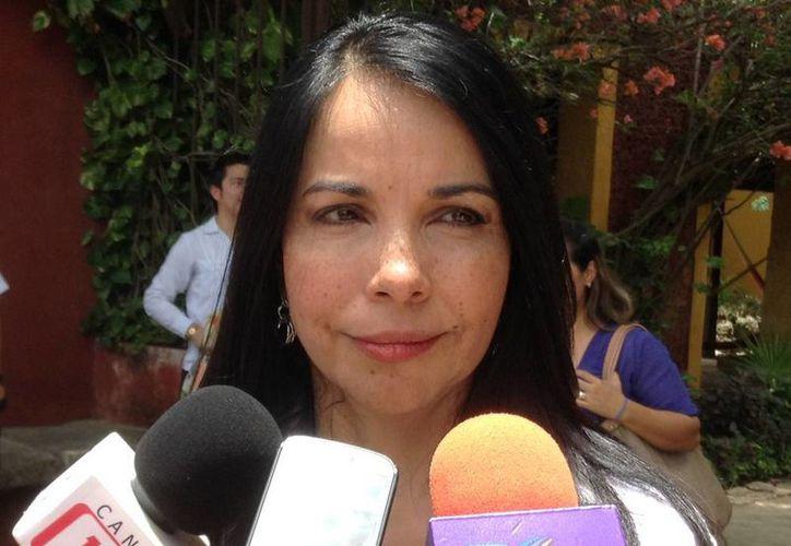 Imagen de la secretaria técnica del Consejo de Coordinación para la Implementación del Sistema de Justicia Penal,  María de los Ángeles Fromow Rangel, durante la firma de convenio con el Gobierno del Estado. (Ana Hernández/SIPSE)