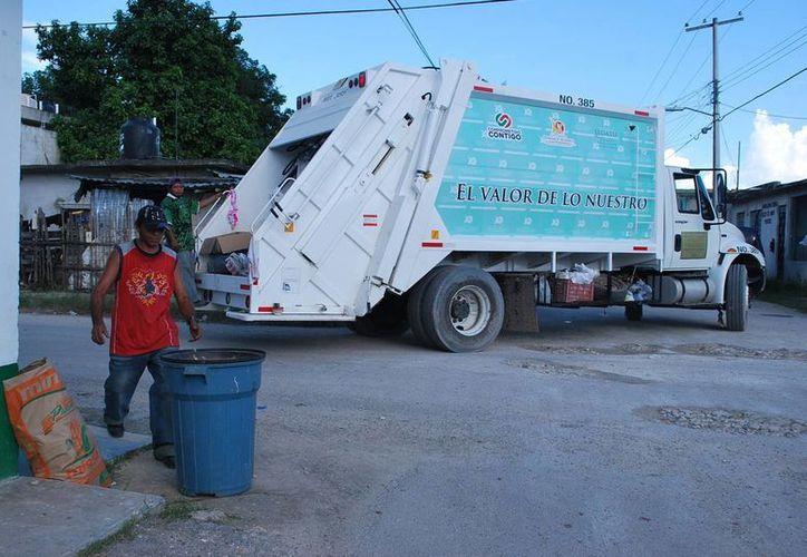 El problema de acumulación de desechos en las calles era constante en Majahual. (Cortesía/SIPSE)