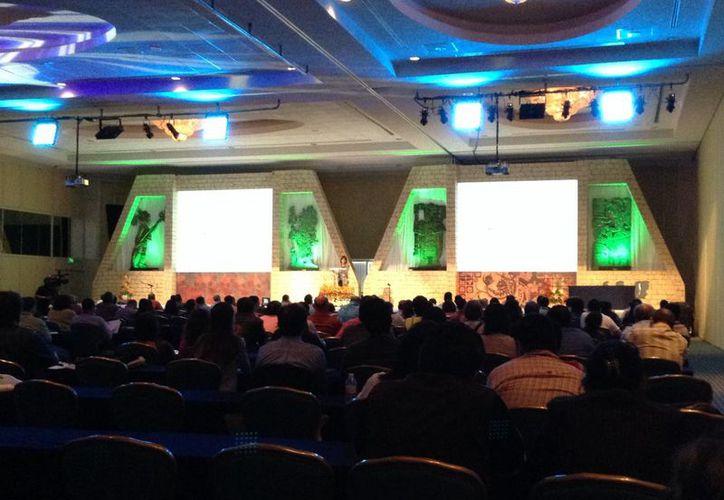 Se realiza en Cancún la XXXVIII Reunión Anual de Neurología. (Tomás Álvarez/SIPSE)
