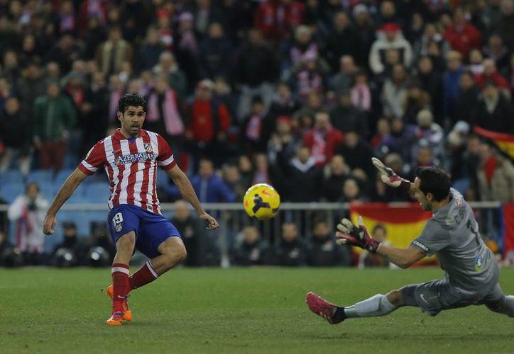 Los goles del Atlético de Madrid fueron obra de David Villa a los 38 minutos, Diego Costa (72)(foto), Miranda (74) y del recién llegado Diego Ribas (87). (Agencias)