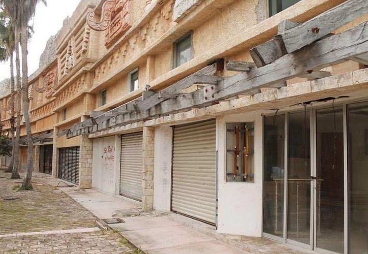 Activarán locales comerciales en plazas comerciales de la zona hotelera. (Jesús Tijerina/SIPSE)