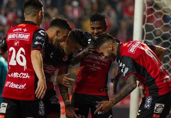 El partido de ida se llevó a cabo en el Estadio Caliente. (milenio.com)