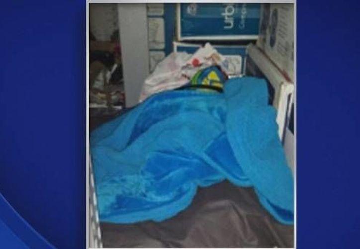 El muchacho hurtó productos de la tienda y se cambió de ropa varias veces para evitar ser descubierto. (cbslocal.com)