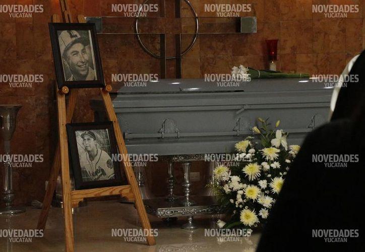 """En noviembre de 2016 José """"Indio"""" Peraza Solís fue electo al Salón de la Fama del Deporte Yucateco. Fue entronizado junto a Género Rivero, Guty Espadas, entre otros.  (Fotos: José Acosta)"""