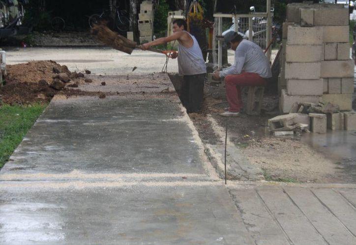 Las obras de ampliación del edificio de Seguridad Pública de Tulum iniciaron ayer. (Sara Cauich/SIPSE)