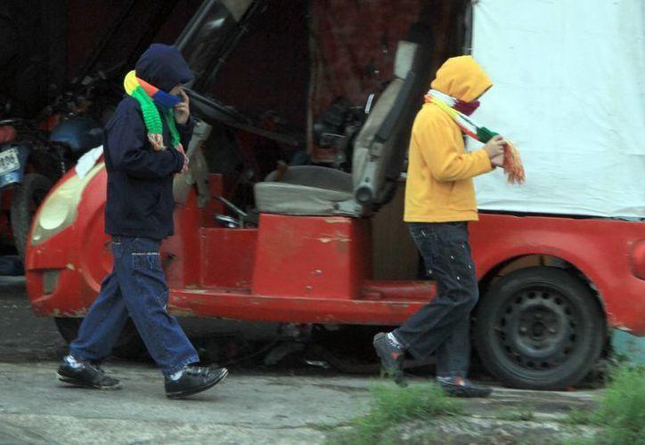Un ligero descenso de temperatura se sintió por la mañana de este jueves en Mérida. (José Acosta/SIPSE)