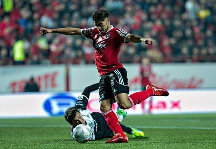 El yucateco será parte de la delantera de la selección junto al jugador de Pumas, Eduardo Herrera. (Foto tomada de Mediotiempo)