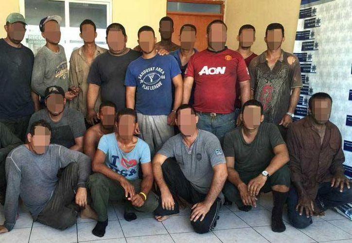 Dieciocho cubanos fueron asegurados en la costa de Isla Mujeres el domingo. (Redacción/SIPSE)