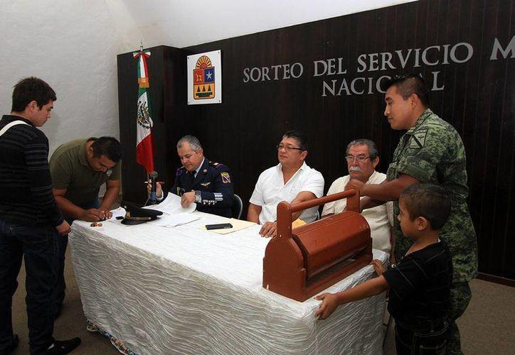 """El sorteo se realizó en el """"Salón Municipios de Quintana Roo"""". (Cortesía/SIPSE)"""