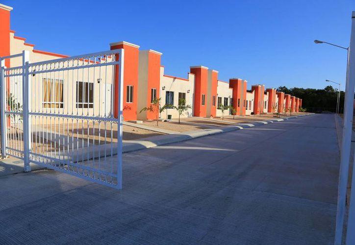 Los materiales de construcción incrementaron sus costos hasta 40 por ciento. (Luis Soto/SIPSE)