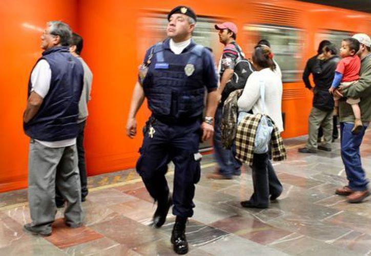 El robo a pasajeros con o sin violencia en el metro se redujo 300%. (Cuartoscuro)